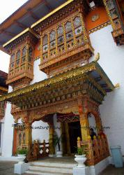 Punaka Dzong, doorway in courtyard, Bhutan