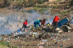 trash pickers, Madagascar, Lee Hunter