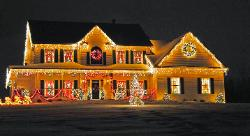 Christmas lights in Fair Oaks, NY