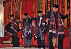 Tortor Kahanggi--dance of the elders of a patrilineage, northern Sumatra Indonesia