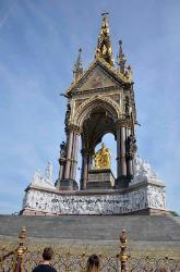 Prince Albert Memorial,London,England image 2