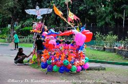 Philippines, Jose Rizal park, Manila, baloons for sale