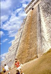 Steep ascent, Pyramid of Kulkulcan, Mayan site of Chichen Itza, Mexico